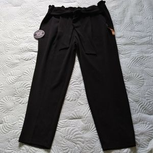 New One 5 One Woman 2X Pants Black Tie waist Ankle
